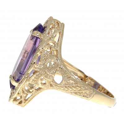 Art Deco Style Amethyst Filigree Ring - 14kt Yellow Gold