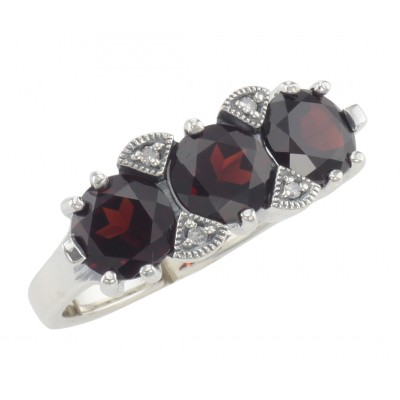 f6dfd0f86173c Lovely Art Deco Style 3 Stone Red Garnet Diamond Ring - Sterling Silver