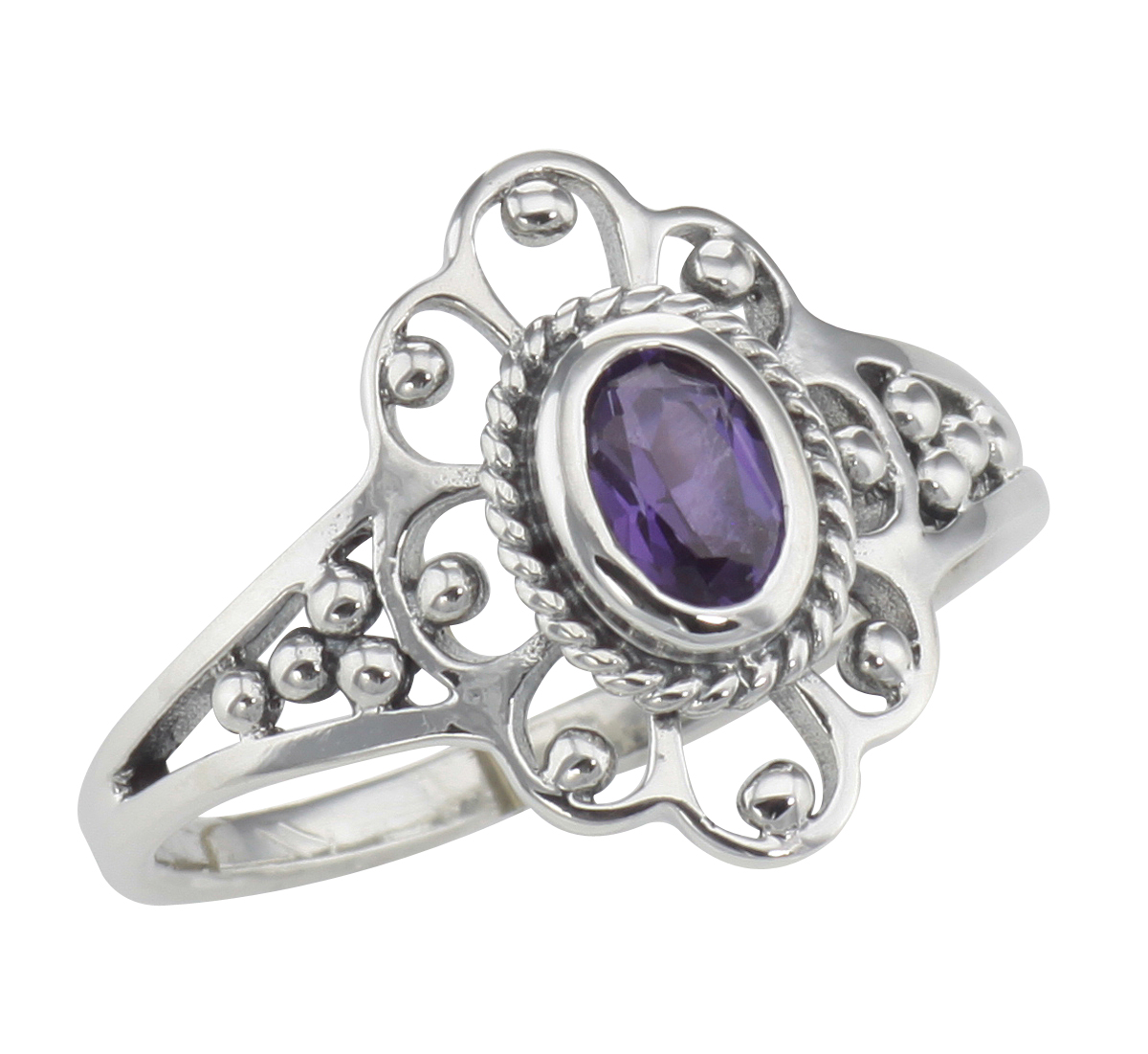Stunning Vintage Sterling Silver and Amethyst Ring.