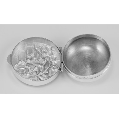 Sterling Silver Pillbox w/ Ivy Wall Design  Made in USA