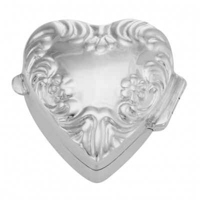 Victorian Style Heart Shaped Keepsakes / Pill Box / Pillbox - Sterling Silver
