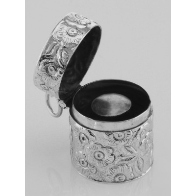 Victorian Style Floral Sewing Thimble Case in Fine Sterling Silver